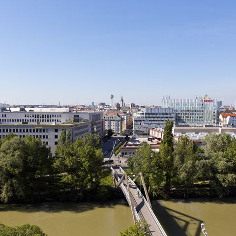 Erdberger-Laende-26-32-Silbermoewe-Blick-Donaukanal_734.jpg