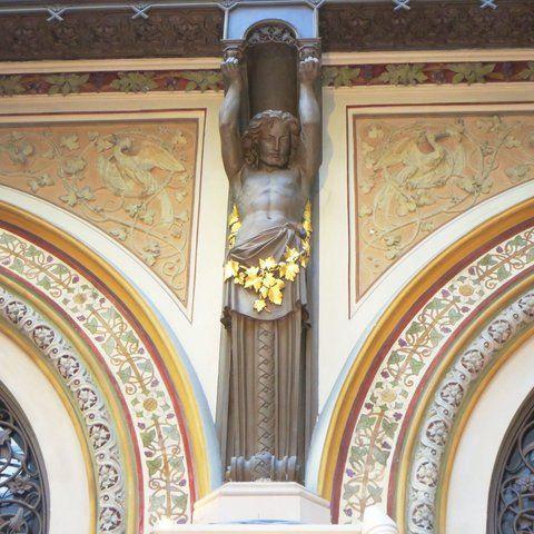 Palais-Ferstl-Statue-1_774.jpg