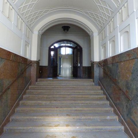 Paris-Lodron-Strasse-3a-Eingang-1_753.jpg