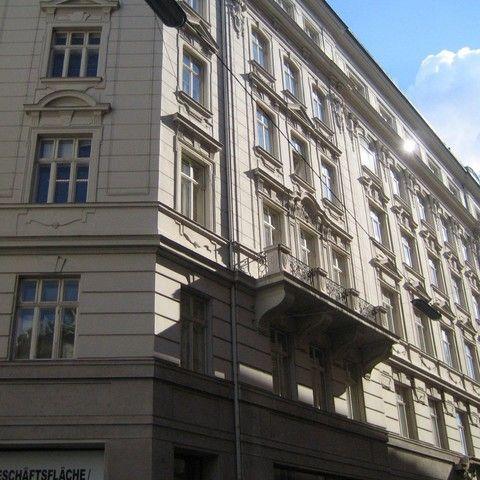 Renngasse-Fassade_651.jpg